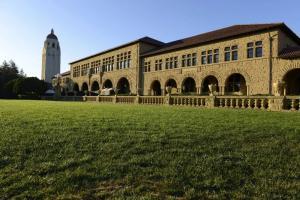 斯坦福博士:斯坦福135年出了83位诺奖得主,中国学校出不了人才差的不是人力和财力