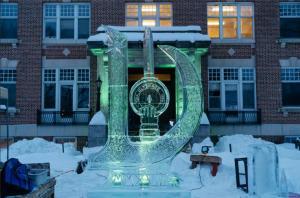 这些美国大学已经发布寒假安排,留学生是去是留?