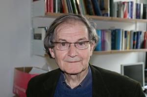 从数学太差降级到捧回诺贝尔奖,彭罗斯的非凡之路,有哪些无价特质值得学习?