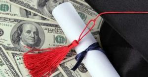 """""""富可敌国""""的美国大学,倒闭是不可能的!这辈子都不可能。"""