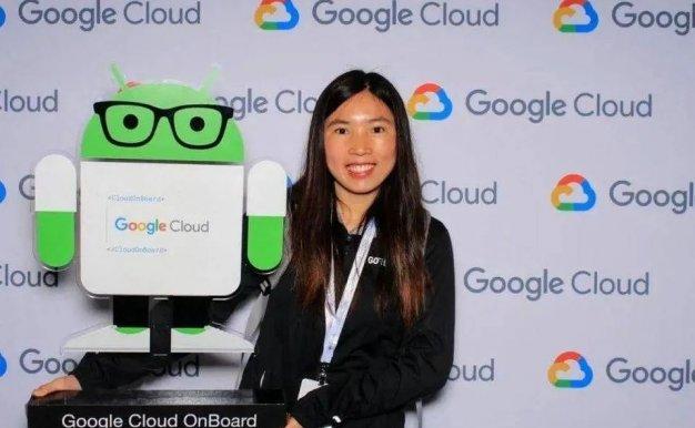 还记得用10年从深圳女工逆袭为纽约程序员的女生吗,现在她失业了