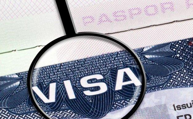 专家解读 | 美国对留学生政策的摇摆暴露了什么?