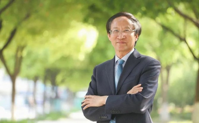英才强国:一位中国校长眼中的新加坡教育